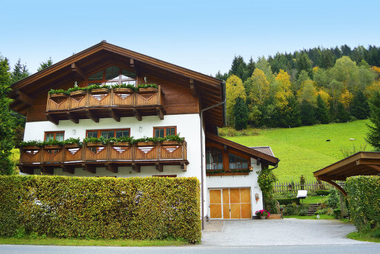 Ferienwohnungen für 2 - 6 Personen im Haus Hollinger in Eben, Salzburger Land